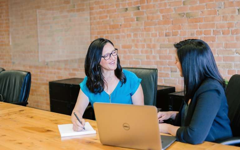 How do you Get Noticed By a Finance and Accounting Recruiter in Denver?