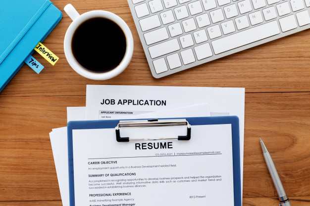 How to Structure a Professional Resume That Recruiters Will Notice